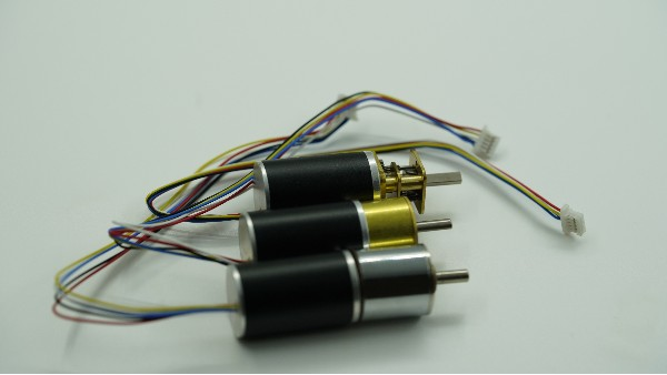 无刷电机与有刷电机的区别和特性对比