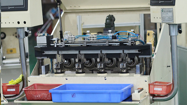 顺昌电机-生产设备展示
